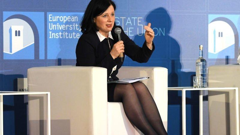 L'Echo: L'Europe durcit sa lutte contre la désinformation